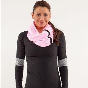 Like new lulu scarf- get ready for winter ;)
